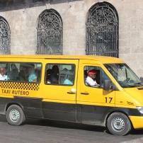 Táxi coletivo, utilizado majoritariamente por cubanos